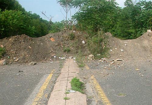 roadblock - by Lyndi&Jason via Flickr
